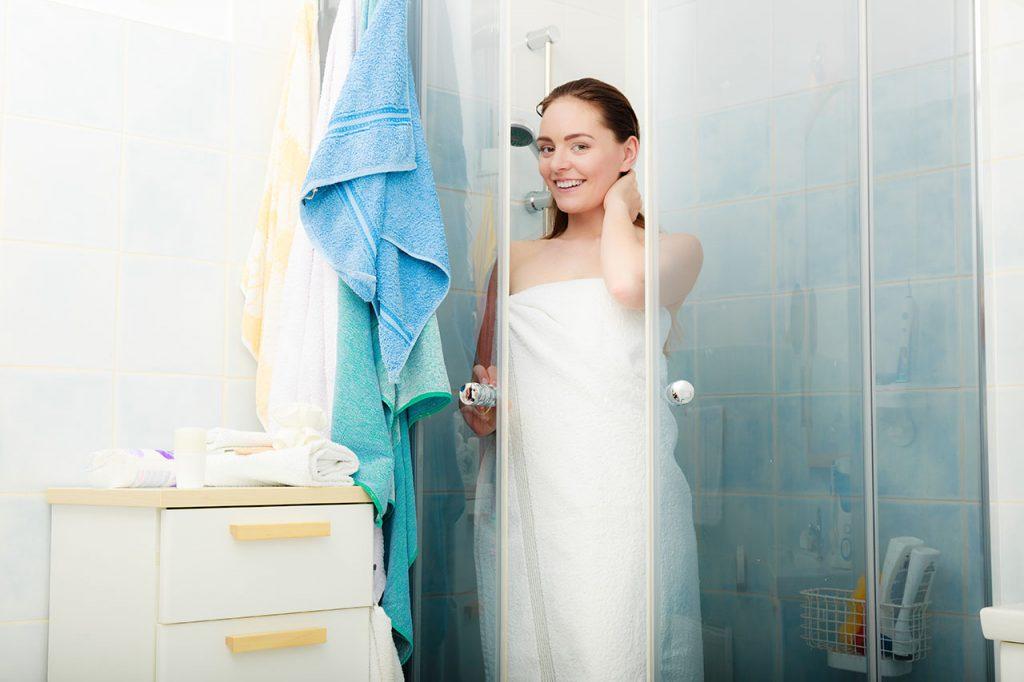 Vízkőmentes zuhany üvegfal