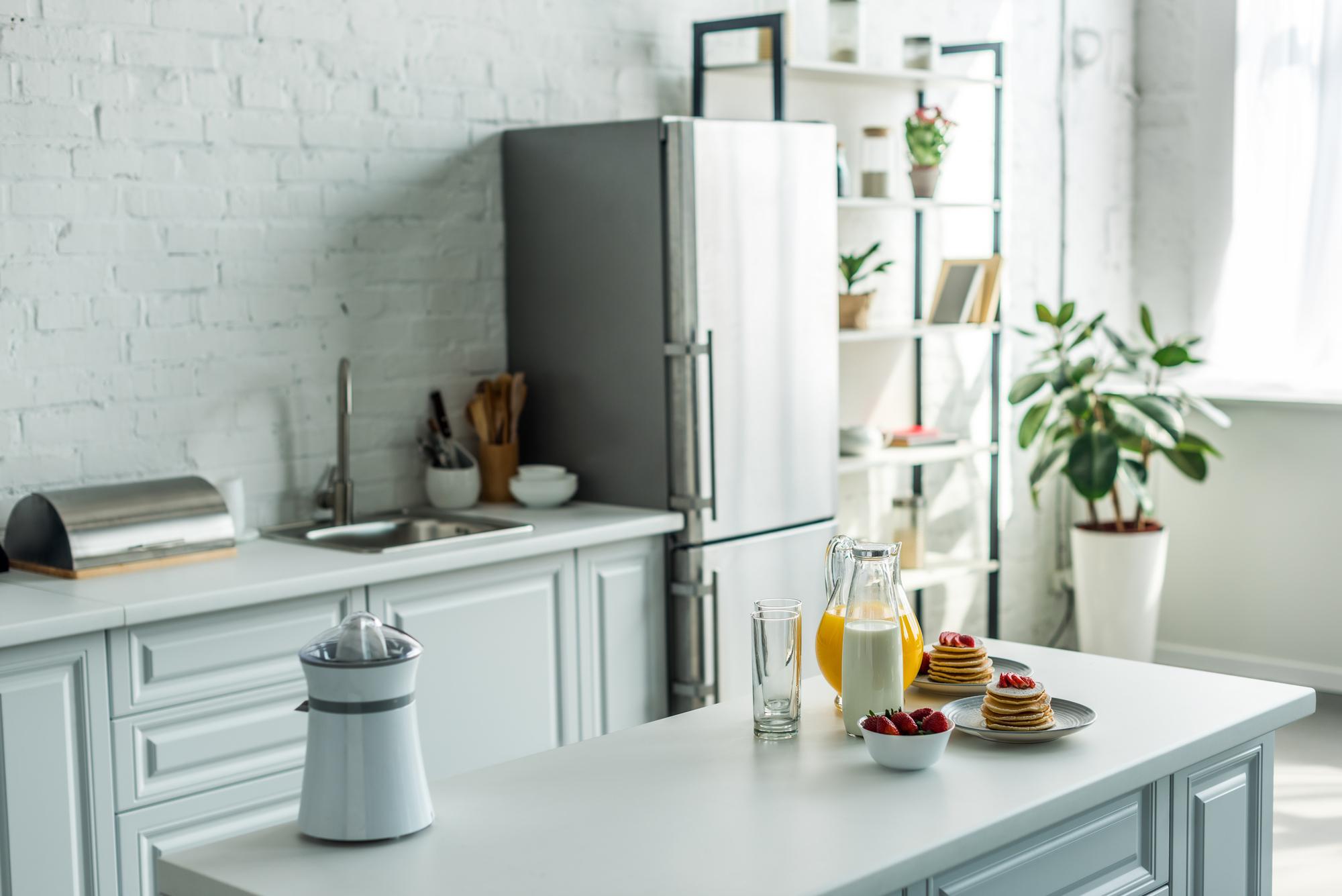 Alul- vagy felül fagyasztós hűtő? Esetleg side-by-side? A döntés rajtunk áll.